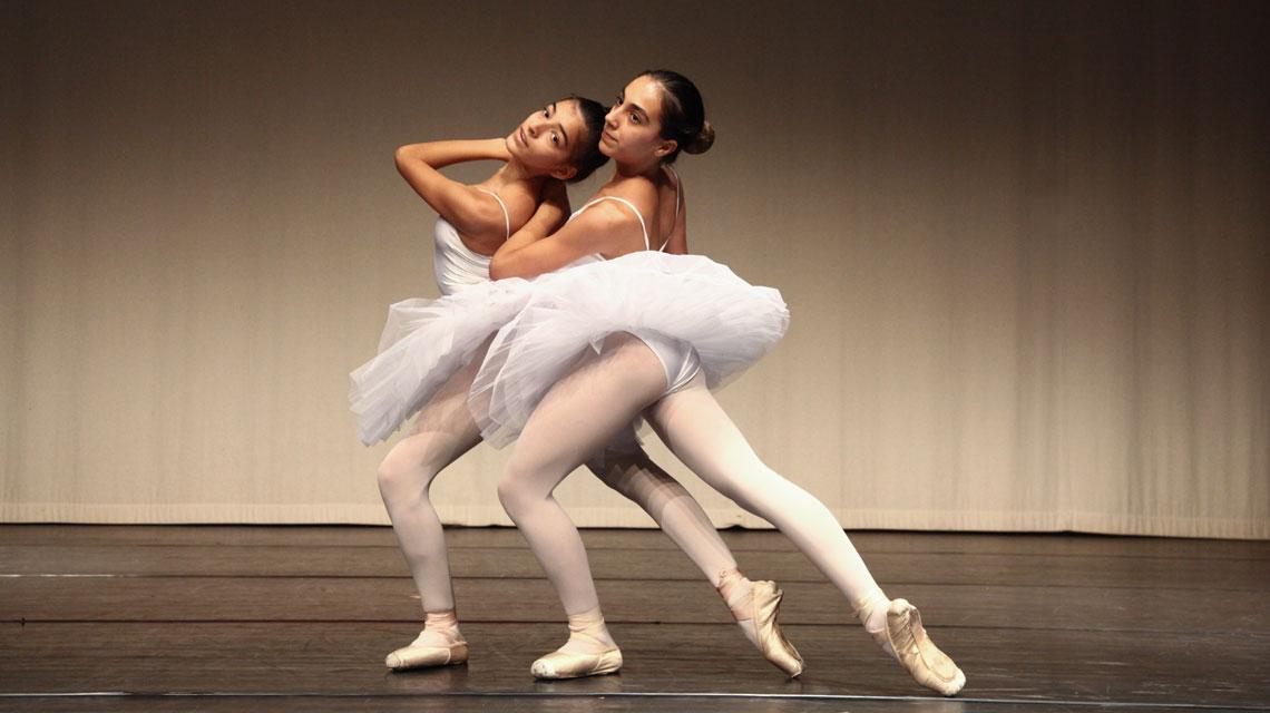 Caterina e Sofia, ballerine al CSD Mendrisio